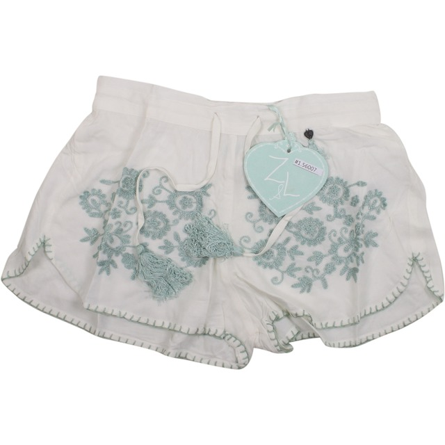 Z and L Floral Embroidered White/Blue