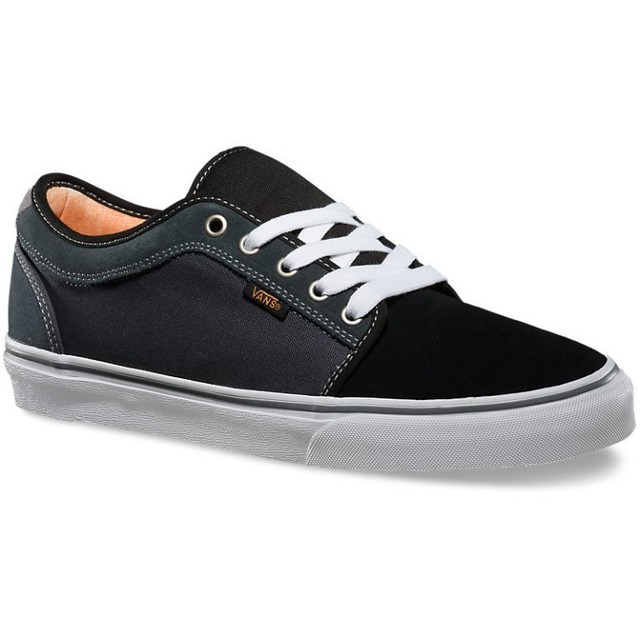 Chukka Low - Black/Charcoal/Orange