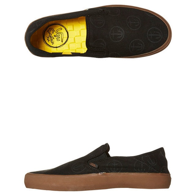 Slip-On SF - (Captain Fin) Black/Gum